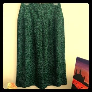 Vintage High-Waist Pleated Midi Skirt
